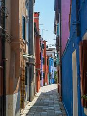 bunte Häuser in Burano (wezetauswe) Tags: mft lumix gf7 burano häuser color farbe
