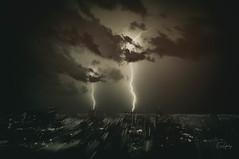 Lightning #9 - Bauru/SP (Enio Godoy - www.picturecumlux.com.br) Tags: niksoftware longexposure nikon d300s analogefexpro2doubleexposure nikond300s brazil lightning sky baurusp clouds naturephtography