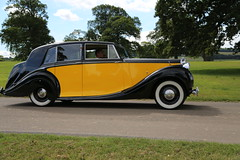 Rolls Royce Silver Wraith (Freestone & Webb) Limousine - 1949 (imagetaker!) Tags: rollsroycesilverwraith freestonewebb limousine rollsroyce england transport flickroldcars carsuk carphotographs carimages cooltransportphotos motorvehicles petebarker imagetaker1 automobiles vintagerollsroyce vintagecars vintagecar classiccar peterbarker photographer autos oldcarsphotography flickrcars carpictures classicmotors classicautomobiles classicautos carphotoimages flickrcarphotos rallycars vintagecarimages vintagecarphotographs vintagephotos classiccarshows oldcars carshows vintagecarphotography showsuk rides englishclassictransport englishclassiccarshows classicvehicles vintagerollsroyces vintagerolls vintageclassics vintagemotorcars vintagetransport vintagevehicles rollsroycecar rollsroycevintagecar rollsroycecars britishclassiccars britishtransportimages transportimages motorcarimages motorimages carsof1949 carphotos classiccars carphotography rollsroycevintagecar1949 rollsroyce1949 rollsroycevintagecars1949 picturesofmotorcars britishcarshows transportrallys imagetaker 舊車 imagesofvintageautos classictransportinuk englishtransportshows oldtimers petee
