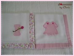 DSC07355 (Joanninha by Chris) Tags: handmade feitoamão enxovalbebe bordado baby bebê beddingsetsbaby artesanato aplicaçãodetecidos patchwork panosdeboca enxovalmenina