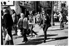 .. (Matías Brëa) Tags: calle street streetphotography blancoynegro blackandwhite byn bw bnw personas people mono monochrome monocromo