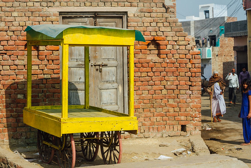 Yellow Cart, Mathura India
