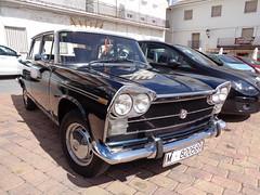 Seat 1500 (jojablero) Tags: car seat vintage clásico coche carabaña spain españa madrid primavera spring marzo march classic antiguo sony seat1500