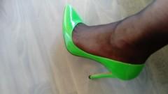 DSC_0480 (grandmacaon) Tags: highheels hautstalons toescleavage talonsaiguille lowcut lowcutshoes sexyheels stilettos