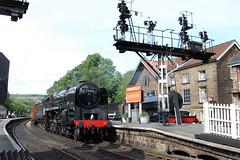 92214 (paul_braybrook) Tags: brstandard 9f steamlocomotive grosmont northyorkshiremoors heritage semaphores signals railway trains