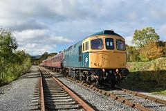 33035 - Redmire (richa20002) Tags: class 33 diesel loco locomotive engine br blue british rail wensleydale railway