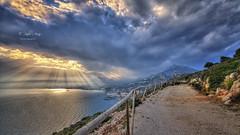 (455/18) El rey de los cielos (Pablo Arias) Tags: pabloarias photoshop ps capturendx españa photomatix nubes cielo arquitectura mar agua mediterráneo puestadesol ocaso sendero morrodetoix calpe alicante